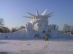 20-sculptures-impressionnantes-qui-feront-fondre-de-jalousie-nos-traditionnels-bonhommes-de-neige19