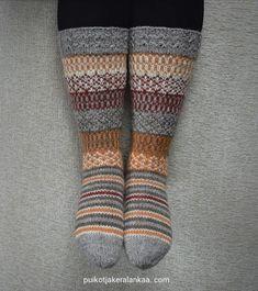 Jämälankasukat Knitting Socks, Mittens, Diy And Crafts, Knit Crochet, Fashion, Knit Socks, Fingerless Mitts, Moda, Fashion Styles