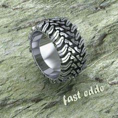 Cute mud bogging ring