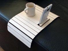 Láser corte brazo madera resto mesa soporte de teléfono