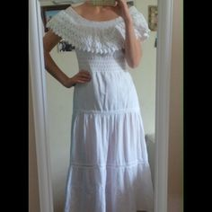 COUNTRY chic off shoulder organic white dress This dress is so comfortable and easy wear. The work details are so unique: from hand croche around the décolleté to hand embroidery on the skirt. Dress it down with a belt and some cowboy boots, or dress it more formal as I did ;) Vintage Dresses