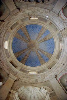 Cúpula interior del templete del claustro de la iglesia de San Pietro in Montorio,Roma. 1503. Donato Bramante. Situado en la parte más alta del de la colina vaticana.