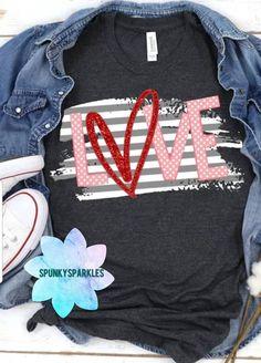 Surprise For Girlfriend, Valentine Gifts For Girlfriend, Cute Valentines Day Gifts, Valentine Crafts, Heart Shirt, Love Shirt, Cute Designs, Shirt Designs, T Shirt Time