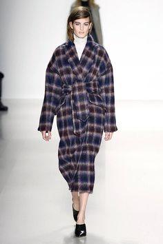 The Best Coats from New York Fashion Week Fall Winter Trend Richard Chai Fall2014, Fashion Weeks, Fall Coats, Runway, 75 Coats, Weeks Fall, New York Fashion, Fashion Trends, Richard Chai