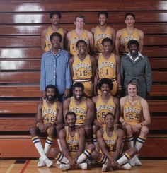The 1975-76 Golden State Warriors, coached by Al Attles, pose for a team portrait. (Neil Leifer/SI)