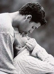 nothing better then oversized sweaters and kisses