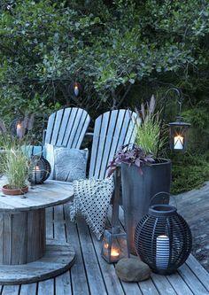 kuva Outdoor Patio Designs, Outdoor Spaces, Outdoor Living, Backyard Ideas, Teak Outdoor Furniture, Outdoor Chairs, Outdoor Decor, Summer House Garden, Garden Cottage