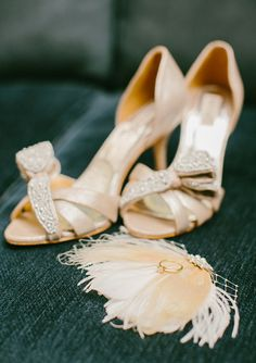 Badgley Mischka shoes | photo by http://emilydelamaterphotography.com/ | http://www.100layercake.com/shop/browse/21