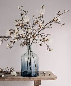 Where to buy the best faux flowers Hands up, who likes faux flowers? My frugal grandma used to have artificial flowers in her house. The type that looks plastic from the other side of the