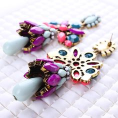 Fashion Statement Earring Zinc Alloy stainless steel post pin antique gold color plated with resin rhinestone nickel lead cadmium free 45x100mm - Milky Way Jewelry
