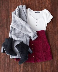 Who doesn't love a cute little corduroy skirt? Who doesn't love a cute little corduroy skirt? Teen Fashion Outfits, Mode Outfits, Look Fashion, Winter Fashion, Fashion Art, Womens Fashion, Trendy Fashion, Ladies Fashion, Fashion Dresses