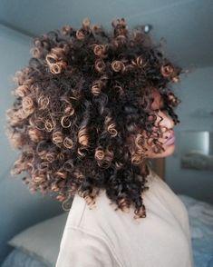 New Ideas For Haircut Curly Hair Natural Curls Afro Pelo Natural, Natural Curls, Curly Hair Styles, Natural Hair Styles, Pelo Afro, Hair Starting, Natural Hair Inspiration, Color Inspiration, Big Hair