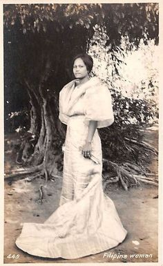 Filipina. 1910 Philippines Outfit, Miss Philippines, Philippines Fashion, Philippines Culture, Philippine Women, Filipina Girls, Filipino Culture, Filipina Beauty, Filipiniana