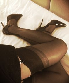 seamsforfun:  Ms Seams hopes you appreciate her Cuban heel fully fashioned stockings  Ms Seams can rest assured we do ;immensely. Gorgeous image, gorgeous stockings.