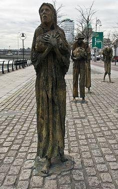 Famine (1997) on the Custom House Quay in Dublin - [ http://photography.osx128.com/famine-1997-on-the-custom-house-quay-in-dublin-42/ ] #Memorial