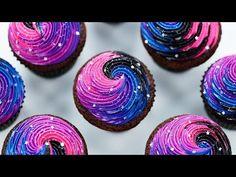 Galaxy Cake, Diy Galaxy, Galaxie Cupcakes, Cupcake Recipes, Cupcake Cakes, Nerdy Nummies Cookbook, Space Cupcakes, Galaxy Theme, Moon Party