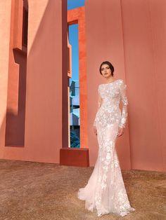 "Spain-""Muralla Roja"" 2018 Mermaid Wedding, Formal Dresses, Wedding Dresses, Fashion, Red, Tea Length Formal Dresses, Bride Dresses, Moda, Formal Gowns"