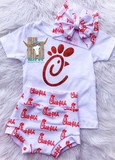 Cute Baby Girl Outfits, Toddler Outfits, Kids Outfits, Baby Kids Clothes, Baby Time, Baby Girl Fashion, Cute Babies, New Baby Products, Future Baby