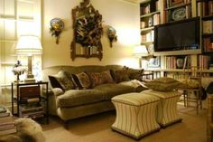 When it comes to Small Living Room Decorating Ideas there are many kinds to play with. Once you begin you will realize that small is indeed beautiful. Small Lounge Rooms, Small Living Room Design, Small Living Rooms, Living Room Designs, Sitting Rooms, Living Room Mirrors, Living Room Decor, Bedroom Decor, Traditional Family Rooms