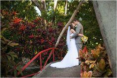 beth-hamilton-photography-andrea-and-max-sunken-gardens-wedding_0028