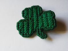 Plastic Canvas Shamrock Hair Clip  607 by ritascraftsandmore on Etsy