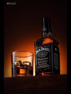 Jack Daniels... Liquor Mart, Wine And Liquor, Glass Photography, Food Photography Tips, Product Photography, Advertising Photography, Commercial Photography, Liquor Dispenser, Drink Photo