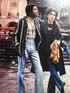 Gilberto Gil e Caetano Veloso em Londres – JOAQUIM 70s Music, Music Icon, Music Love, Jimi Hendrix, Brazil Music, Music Images, Music Photo, 70s Fashion, Alter