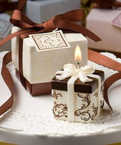Candles as wedding favors