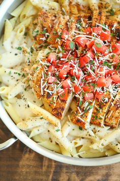 Cajun Chicken Pasta – Chili's copycat recipe made at home with an amazingly creamy melt-in-your-mouth alfredo sauce. And you know it tastes better! Source by Related posts: Cajun Chicken Pasta Recipe Chilis Cajun Chicken Pasta, Chicken Pasta Recipes, Shrimp Pasta, Chicken Penne, Penne Pasta, Chicken Chili, Garlic Chicken, Baked Chicken, Chilis Copycat Recipes