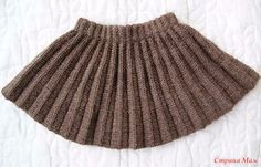 Best Ideas for knitting hat patterns chunky Crochet Jewelry Patterns, Baby Knitting Patterns, Crochet Beanie Pattern, Knit Crochet, Knitted Baby Boots, Skirt Pattern Free, Skirts For Kids, Knit Skirt, Knitting For Kids