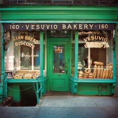 Iconic green facade of Vesuvio Bakery on Prince St in SOHO, NYC. Closed in Café Exterior, Bungalow Exterior, Exterior Remodel, French Bakery, Italian Bakery, Italian Bread, Shop Fronts, Shop Around, Cafe Restaurant
