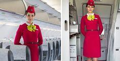 ¿Sabías por qué los auxiliares de vuelo ponen sus manos tras la espalda cuando entras al avión?