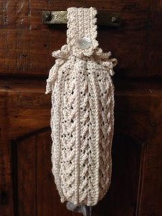 Crochet a Holder for all those Plastic Bags! – 14 free patterns – Grandmother's Pattern Book