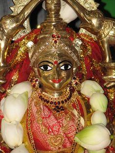 Sarva MangalManglaye Shive sarwarth sadhike sharanye triyambike narayani namostute