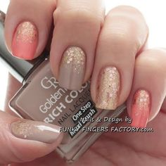 Peach and Nude Glitter Ombre nails by funkyfingersart - Nail Art Gallery… Get Nails, Fancy Nails, Love Nails, How To Do Nails, Pretty Nails, Hair And Nails, Prom Nails, Uñas Fashion, Gloss Matte
