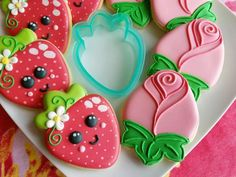 Brown and Tan Slender owls - Hayley Cakes and Cookies Galletas Cookies, Iced Cookies, Royal Icing Cookies, Sugar Cookies, Cookies Et Biscuits, Basic Cookies, Cute Cookies, Fancy Cookies, Decorated Cookies
