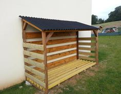 Outdoor Firewood Rack, Firewood Shed, Firewood Storage, Backyard Sheds, Backyard Landscaping, Cerca Diy, Run In Shed, Wood Store, Diy Shed Plans
