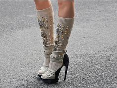 what is this? how to make tacky shoes tackier?