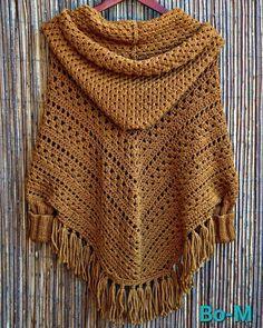 Acessórios feitas à mão. Artesanato. Crochet. Crochet Wrap Pattern, Knitted Cape, Crochet Poncho Patterns, Crochet Jacket, Shawl Patterns, Crochet Cardigan, Knit Or Crochet, Crochet Shawl, Crochet Fashion