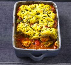 Masala chicken pie Bombay potato-topped coconut curry bake that's healthy and low-fat. Snuggle up with some guilt-free comfort food Bbc Good Food Recipes, Cooking Recipes, Healthy Recipes, Healthy Dinners, Pie Recipes, Healthy Foods, Chicken Masala, Chicken Curry, Casserole Dishes