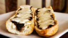 This time I am presenting you how to make Polish Zapiekanka. It is baked baguette with some mushrooms and cheese. Brings me back in time :) This is Polish st...