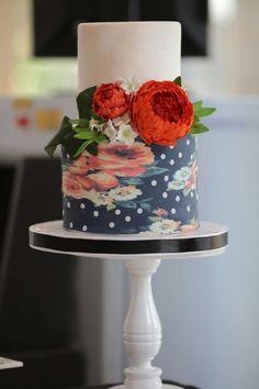 Semi open peony wedding cake by BettyCakesEbthal