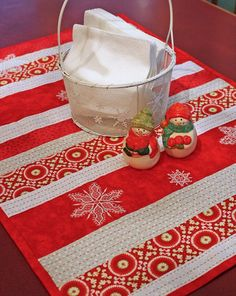"""Sashiko quilted table runner with """"Snowflakes"""" machine embroidery designs by A Bit of Stitch. It's snowing in my kitchen!"""