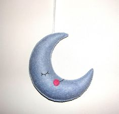 Wool Felt Moon Ornament, Felt Ornament, Wall Hanging, Baby Shower Gifts, Baby Decor, Babyroom Decor, Birthday Gift, Housewarming Decor