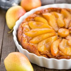 Pear Tarte Tatin: an easy tart made with puff pastry, caramel and luscious pear slices
