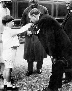 Imagini pentru Regele Mihai I Michael I Of Romania, Romanian Royal Family, Imperial Russia, Eastern Europe, Descendants, Relationships, The Past, Couple Photos, House