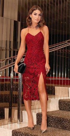 Cheap Homecoming Dresses Burgundy Sexy Lace Prom Dresses With Spaghetti Straps Sexy Back Criss Cross Straps Mermaid Dresses Party Evening Wear Side Split Party Dress Sexy Dresses, Beautiful Dresses, Evening Dresses, Short Dresses, Formal Dresses, Look Camila Coelho, Cheap Homecoming Dresses, Mode Chic, Tea Length Dresses