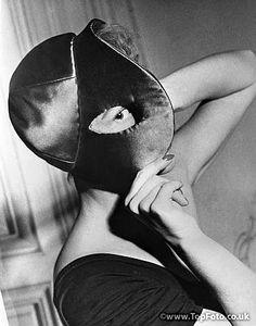 """Elsa Schiaparelli   """"Peek-a-boo"""" hat, 1949"""