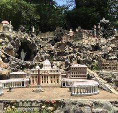 Holy sites of the ? A grotto in Alabamas got em all in miniature  (One of few photos from the road VA  TX with @watchme___maemae) (at Ave Maria Grotto)