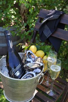 Prosecco and oysters a perfect match.